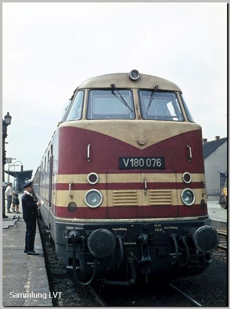 V 180 076